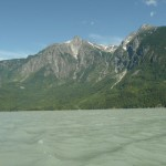 Bute Inlet, hard to watch for deadheads when the scenery is so beutiful